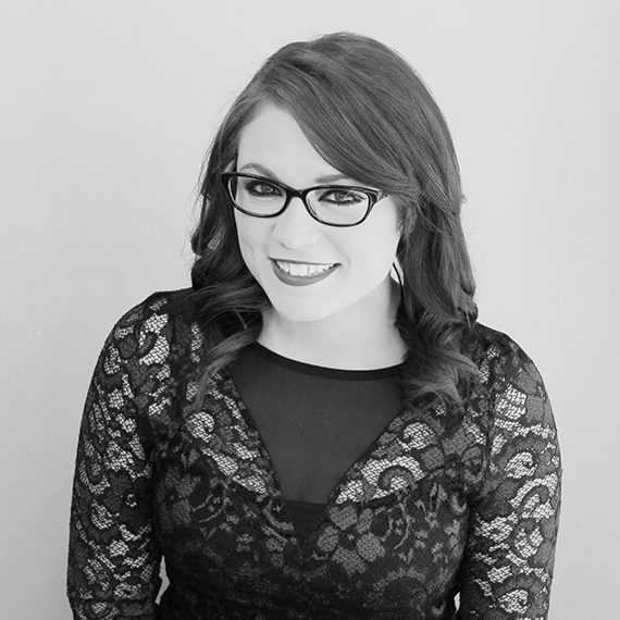 Sarah - Junior Grooming Specialist